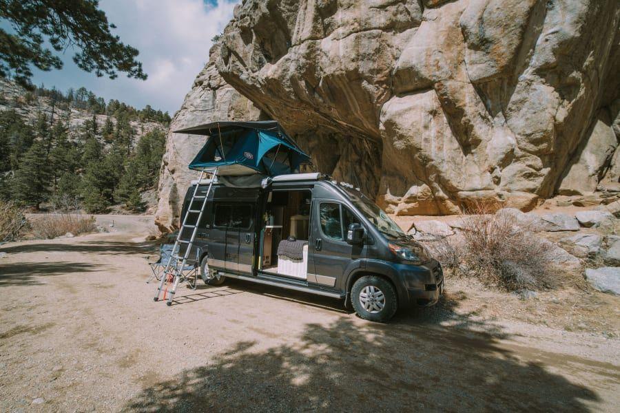 2018 Winnebago Travato Motor Home Camper Van Rental in