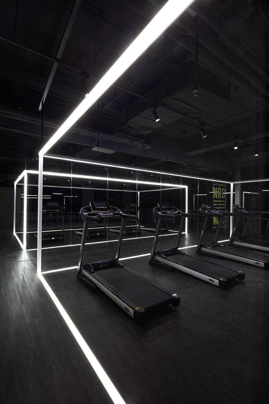 The nike studio coordination asia interior design for Salon fitness