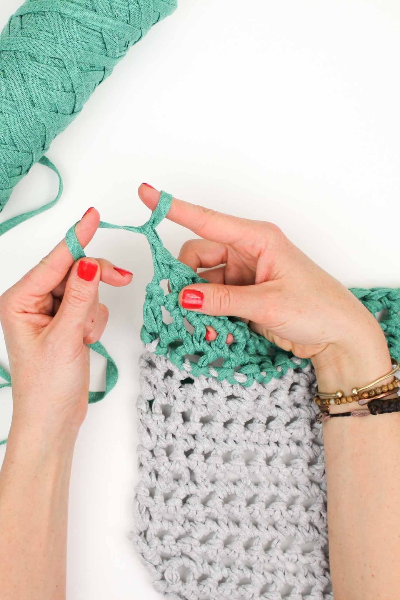 Video How To Finger Crochet Free Market Tote Bag Pattern