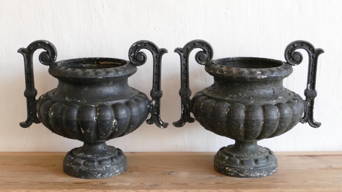 Paire De Grands Vase En Fonte De Jardin, Modèle Chambord ...