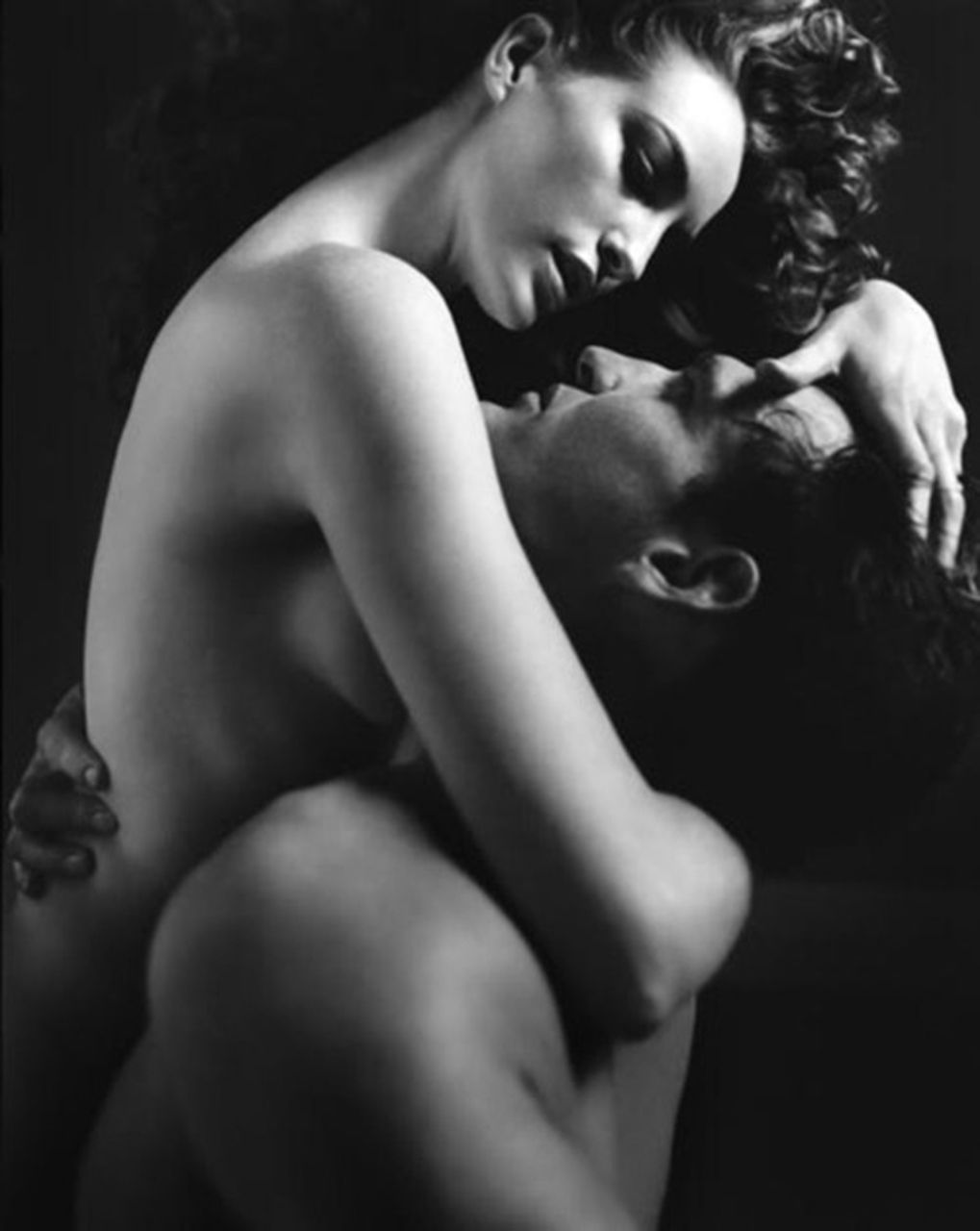 i want you lush body..naked before my eyes.. your softness..your