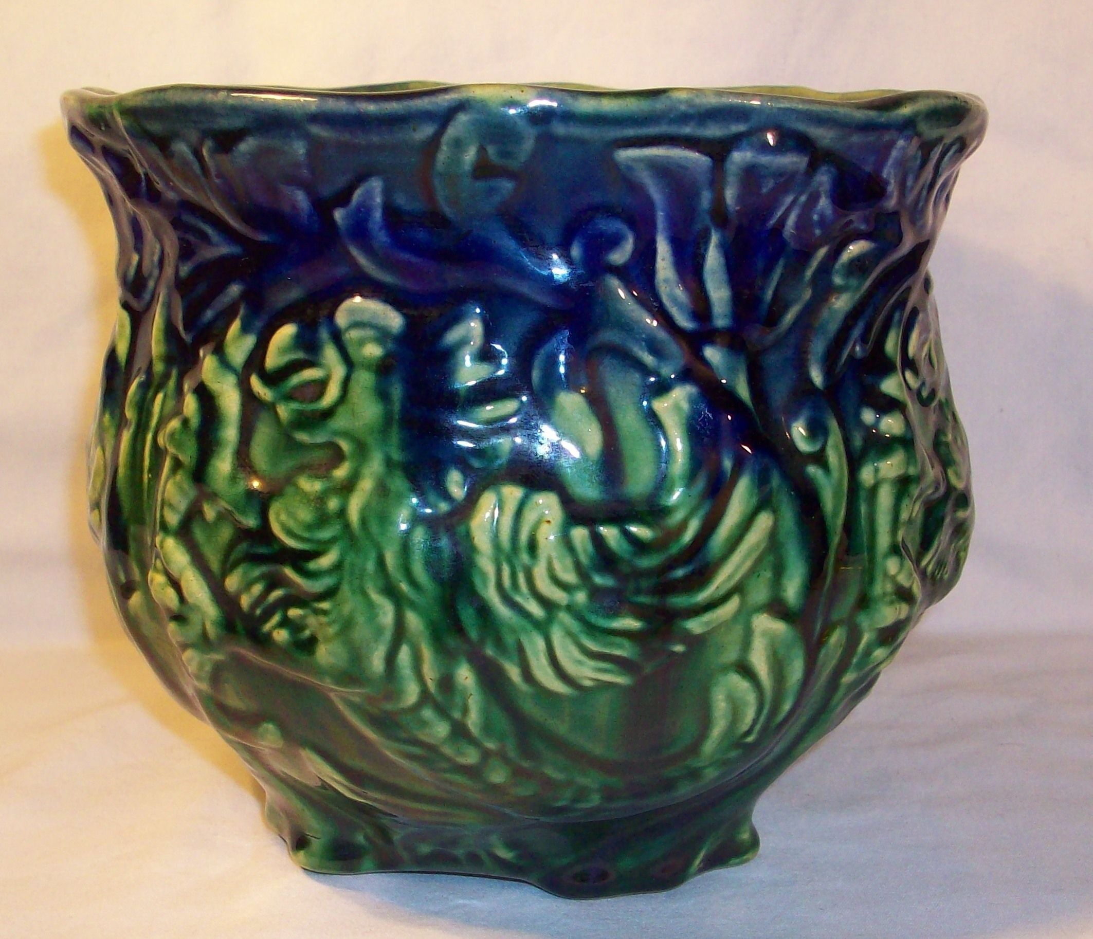 Early 1900s owens pottery blended glaze griffin jardiniere early 1900s owens pottery blended glaze griffin jardiniere reviewsmspy