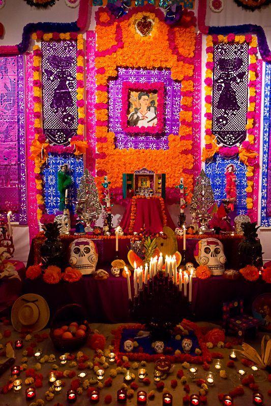20 Coloridas Ideas Para Elaborar Tu Propio Altar De Muertos En