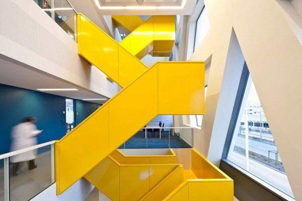 Laboratory for infectious diseases architect bureau dezwartehond
