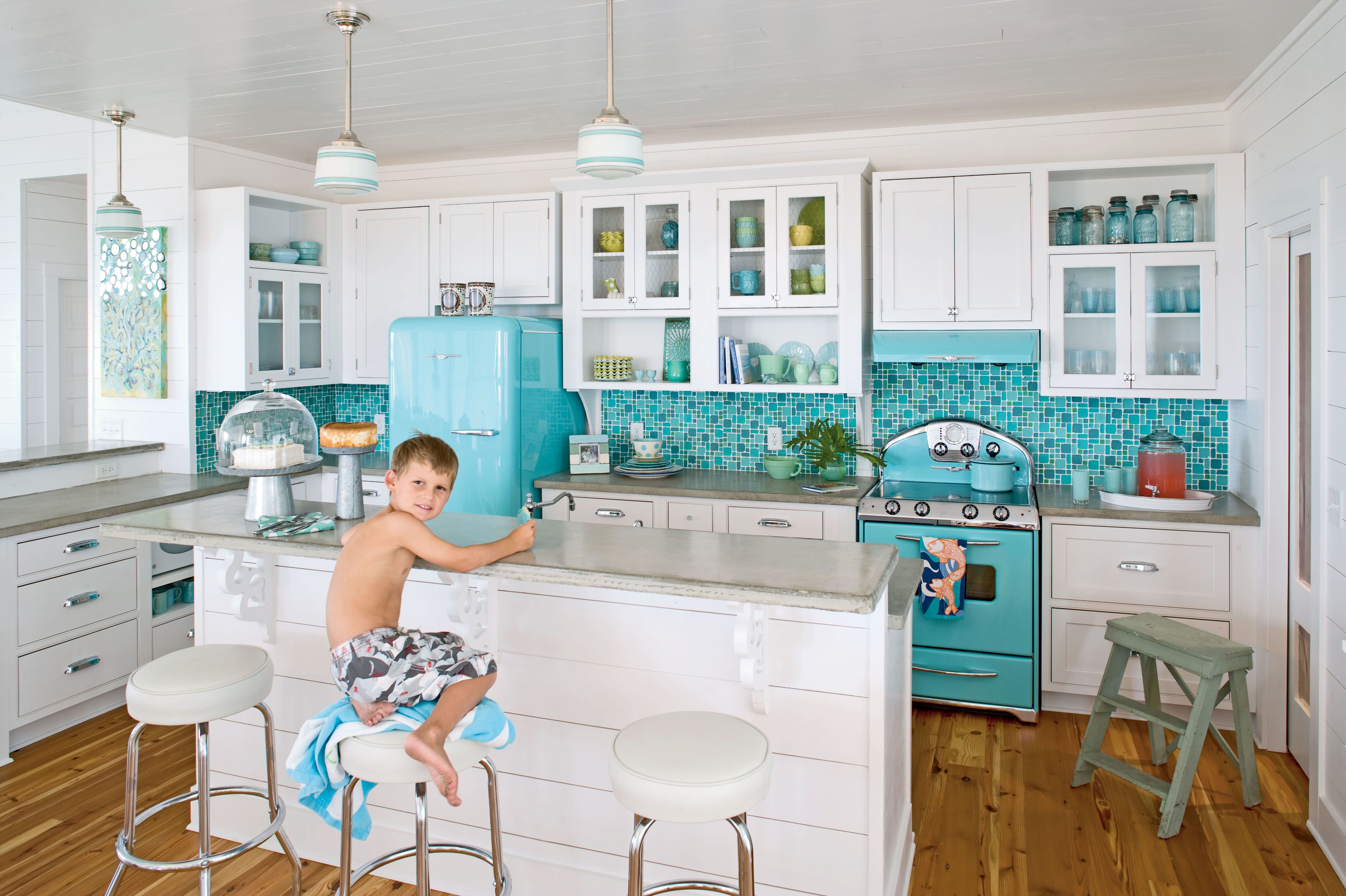 Retro Beach Kitchen | Cottages | Pinterest | Beach kitchens ...