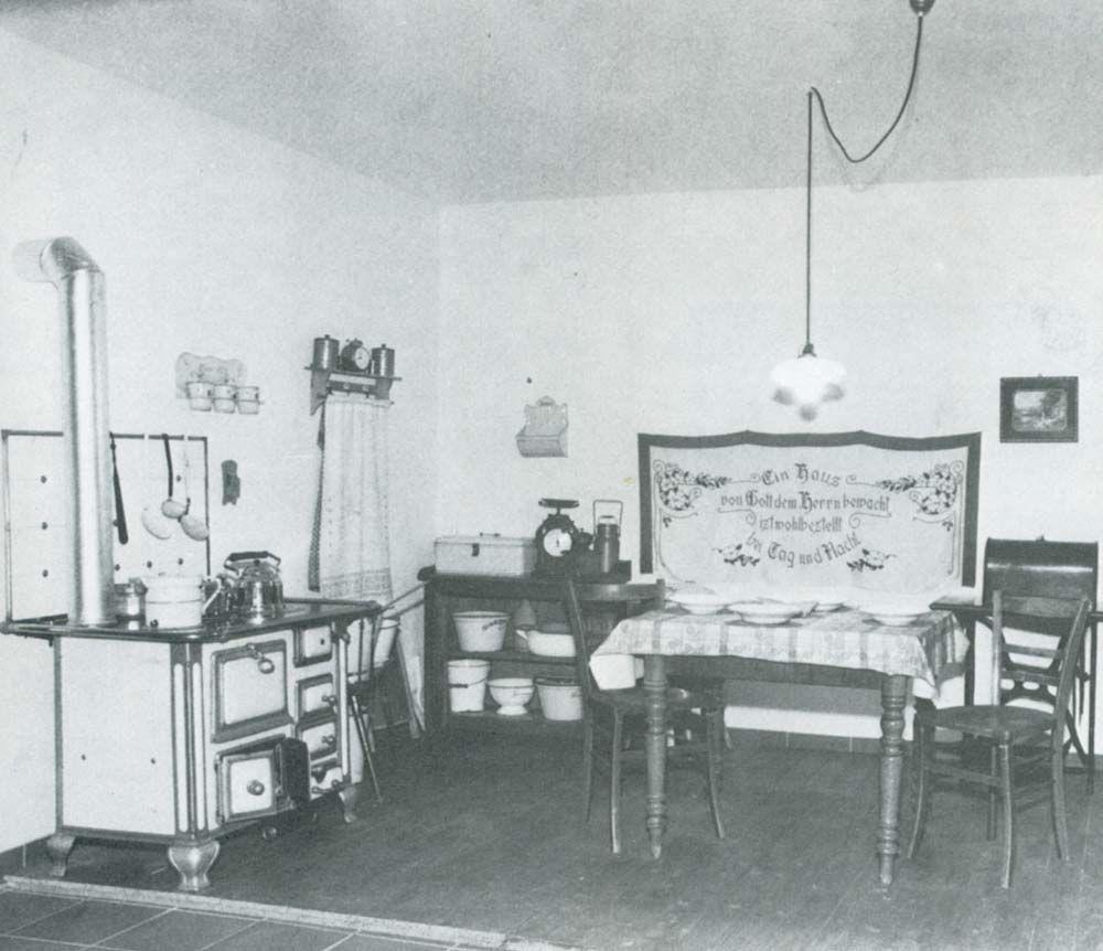 typischen Küche nach 1900 | Retro Found`s | Pinterest | Küche