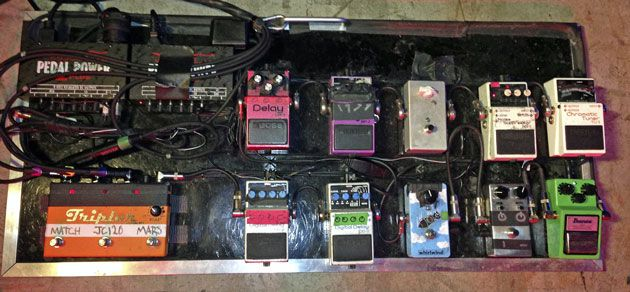 pin on effects pedalboards guitar amp setups of professionals. Black Bedroom Furniture Sets. Home Design Ideas