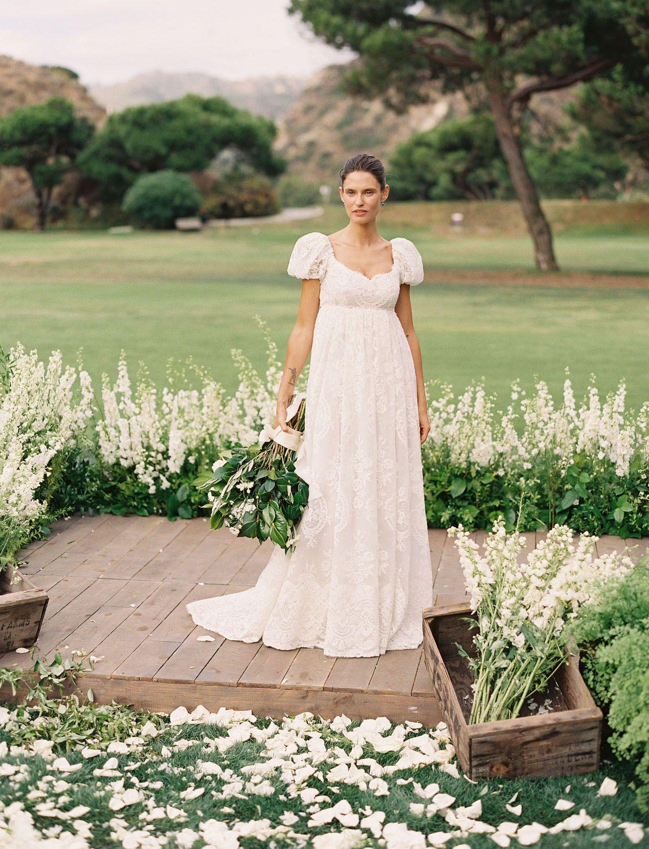 This Supermodel Had The Dreamiest Italian Wedding In Orange County California Green Wedding Shoes Elegant Wedding Gowns Italian Wedding Cheap Lace Wedding Dresses [ 1700 x 1300 Pixel ]