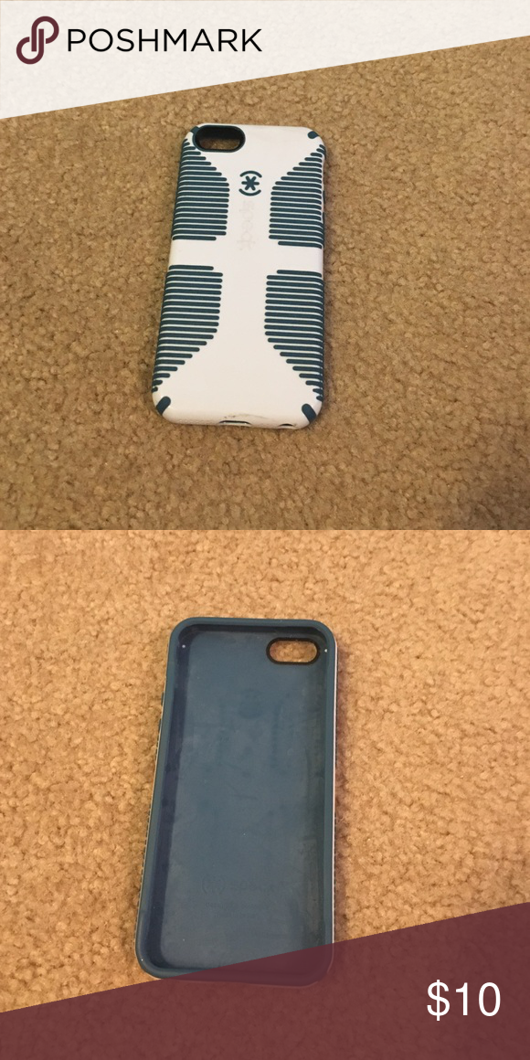 Speck iPhone 5/5s case White and blue iPhone 5/5s case. Barely used Speck Accessories Phone Cases