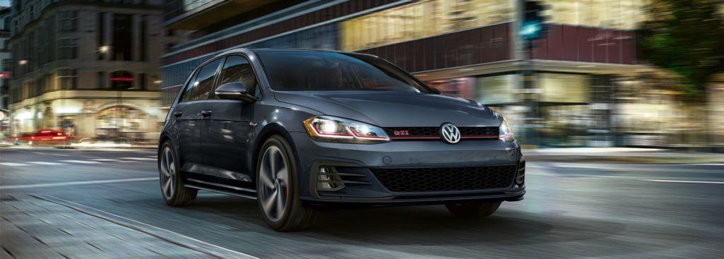 Icymi بالصور فولكس فاجن جولف 2019 الهاتشباك الأكثر مبيعا Volkswagen Hot Hatch Golf Gti