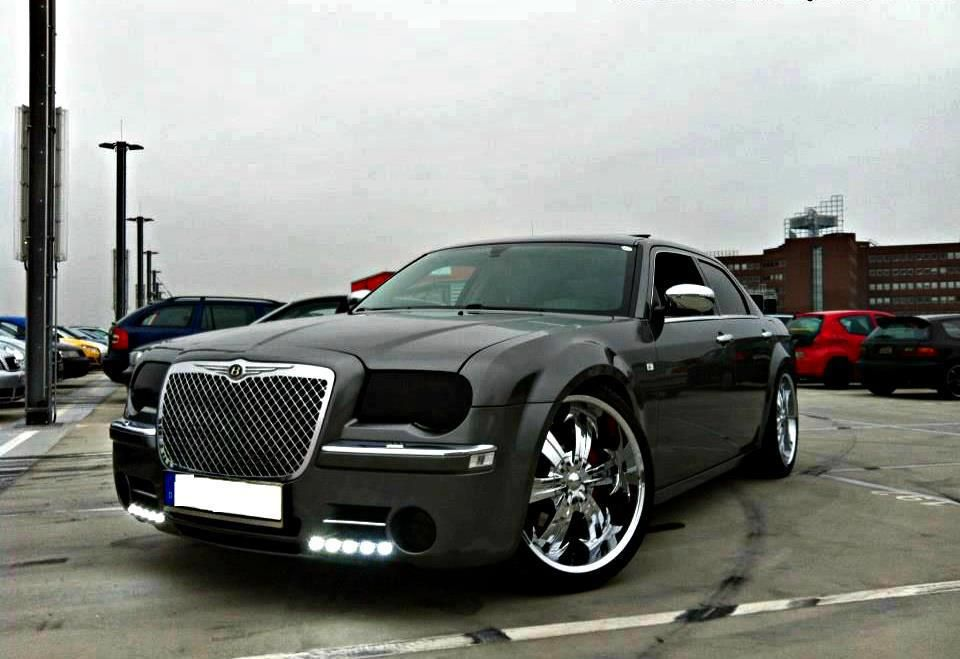 Modified Chrysler 300c With Images Chrysler 300c Modified