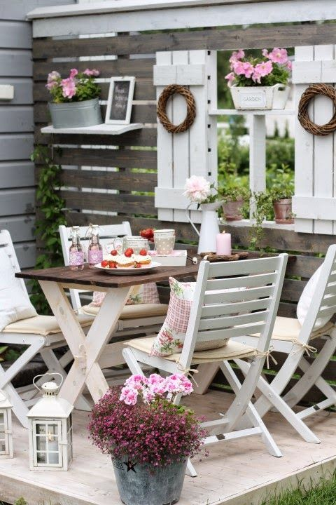 Gem tliches pl tzchen country cottage in and outdoor pinterest garten terrasse und - Cottage garten terrasse ...