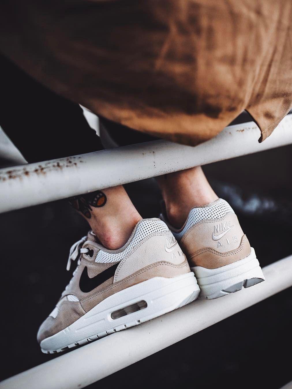 Tienda De Fábrica De Salida Nike Wmns Air Max 1 Premium