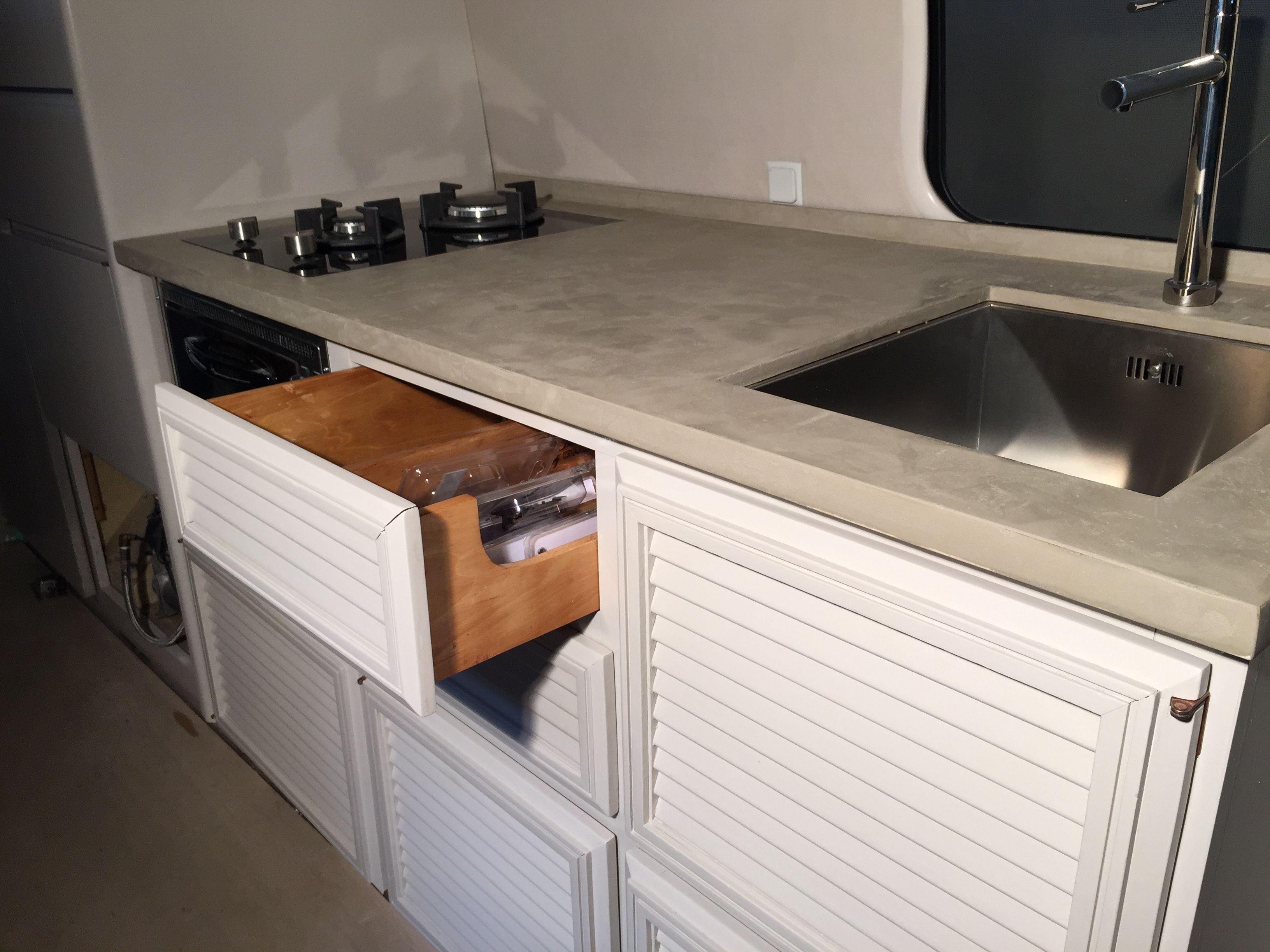 A story of a GMC motorhome makeover Kitchen OEM Drawer and cabinets