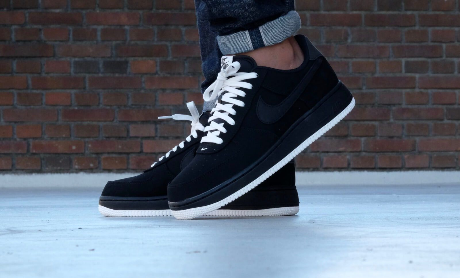 nike air force 1 07 low-black sailboat