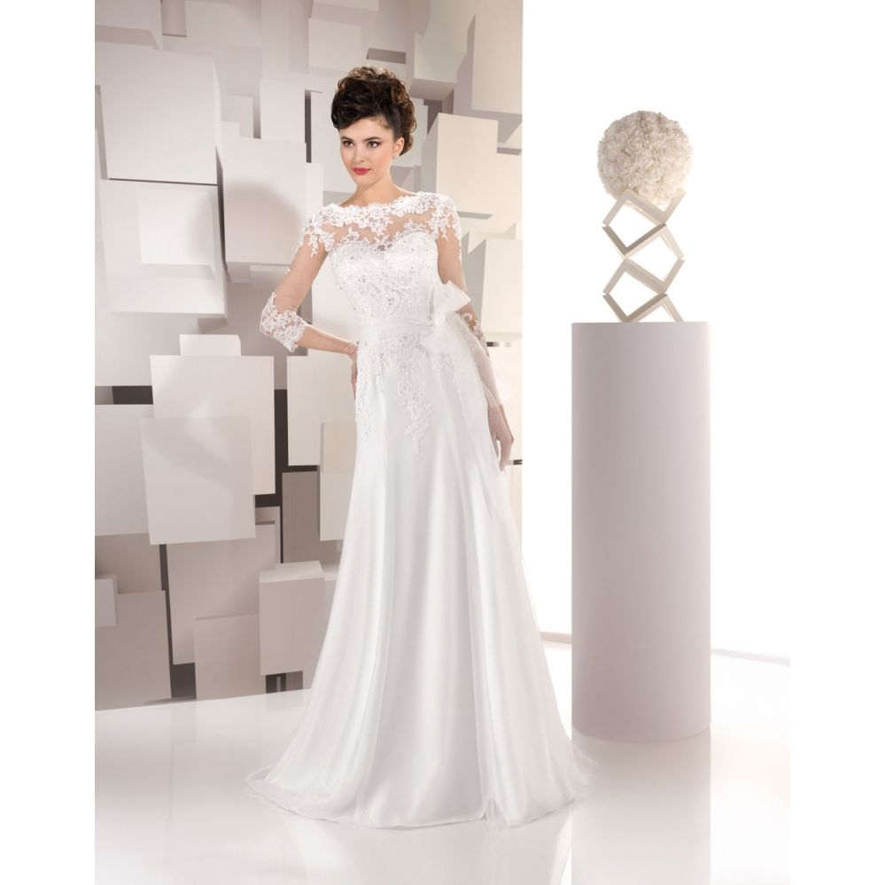 robe mariée 165-45 JUST FOR YOU 2016 Disponible en magasin Rezzo mariage 26 avenue notre dame 06300 Nice 04 93 62 24 73