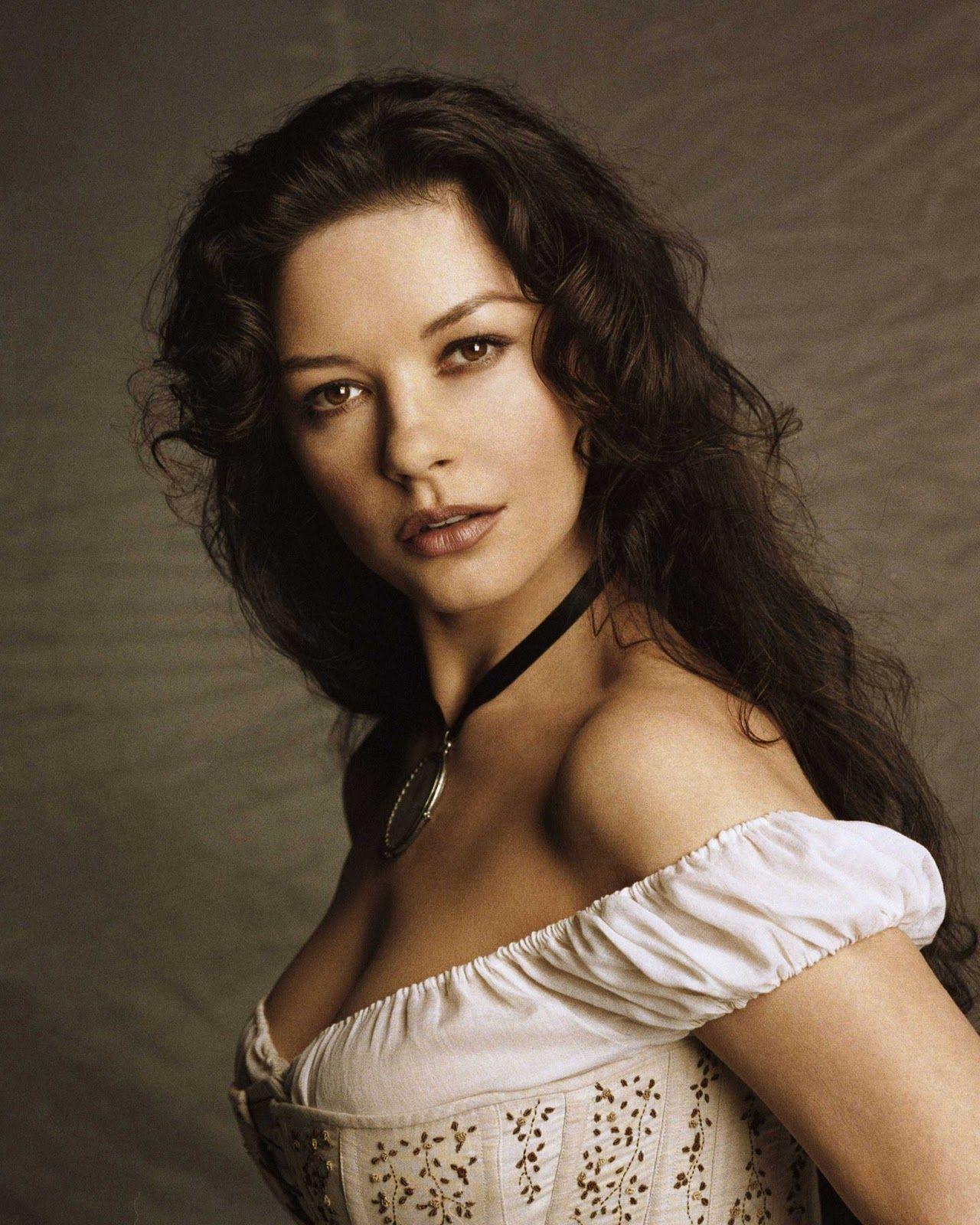 Catherine Zeta Jones 2005