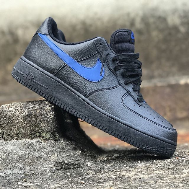 new style 89a6d e86c0 NIKE AIR FORCE 1 07 BLACK GYM BLUE REFLECTIVE SWOOSH AA4083 003