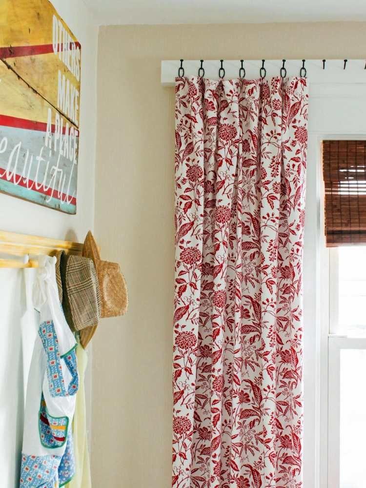 weise Vorhänge mit rotem Floral-Muster in Vintage Stil | шторы ...