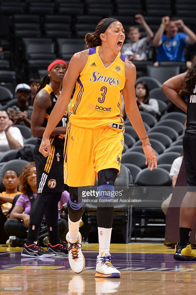 Lindsey Harding And The Los Angeles Sparks Shoots A Foul Shot During Candace Parker Black Girl Fitness Basketball Players Nba