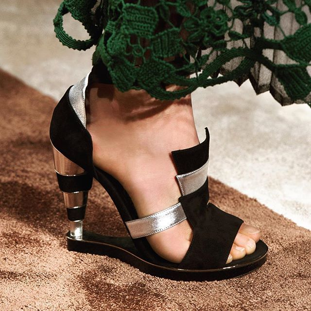#FerragamoFW15 runway collection sandal with Art Deco influences, featuring stacked suede and calfskin heel. #MassimilianoGiornetti