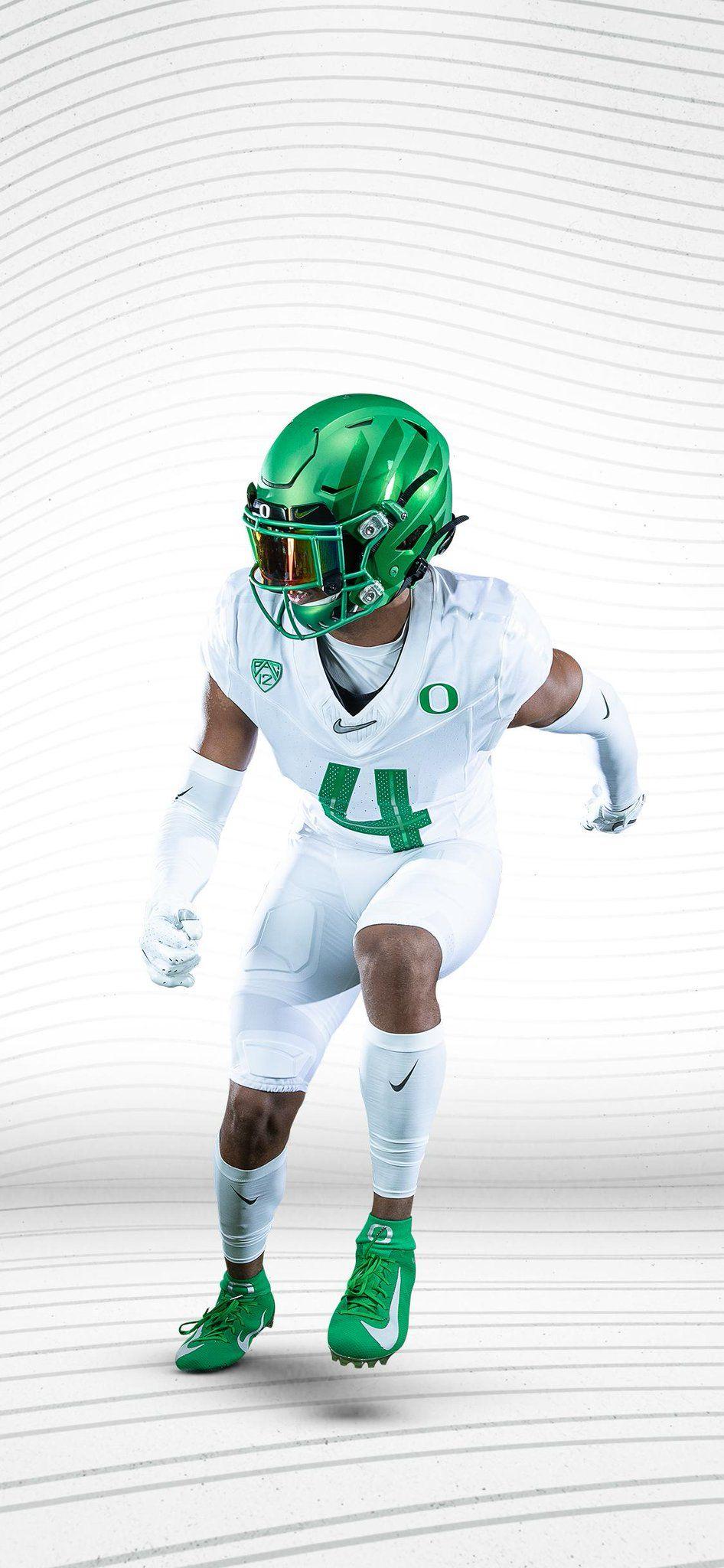 2019 University Of Oregon Ducks Football Uniforms Green Helmet White Jersey White Pants Oregon Ducks Football Ducks Football Football Uniforms