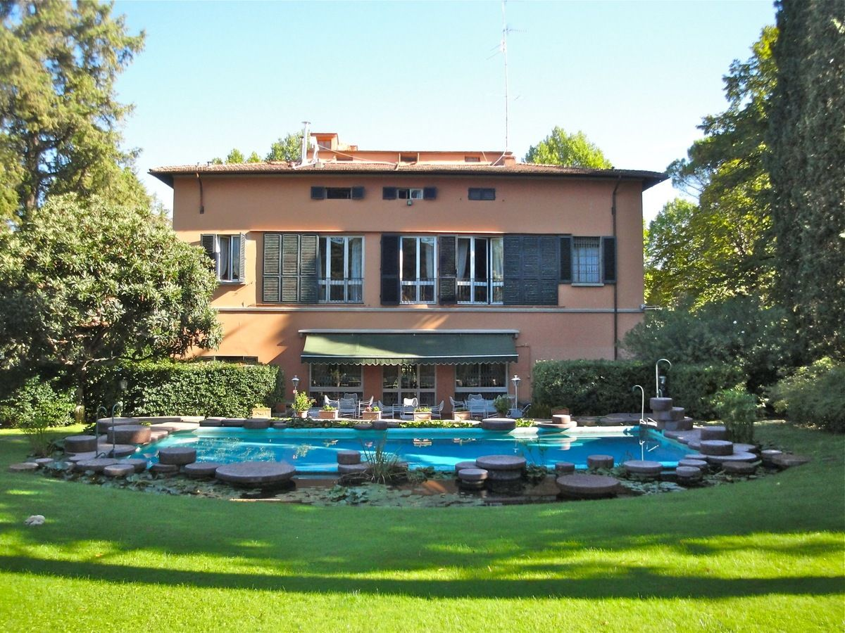 Garden with swimming pool and greenhouse - Villa La Terrazza photo n ...