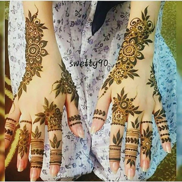 Pin By Tiffany Chan On حناء Henna Hand Tattoo Henna Tattoo Hand Tattoos