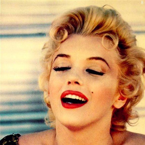 How to get an Authentic 1950s Makeup | 50s makeup, Makeup ...