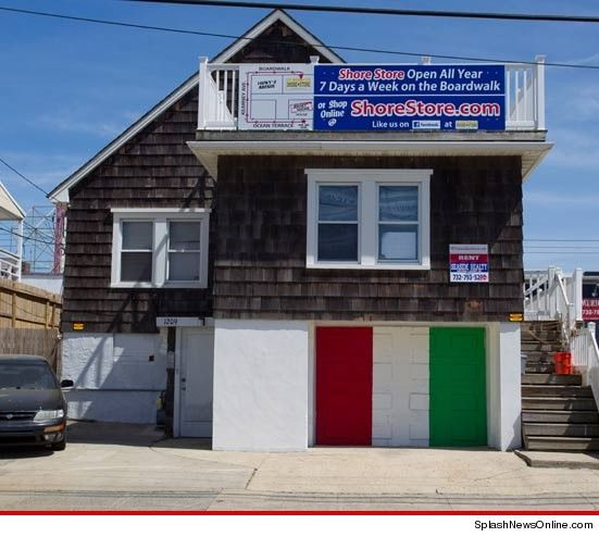 Jersey S House Fresh New Paint Job After Graffiti Onslaught
