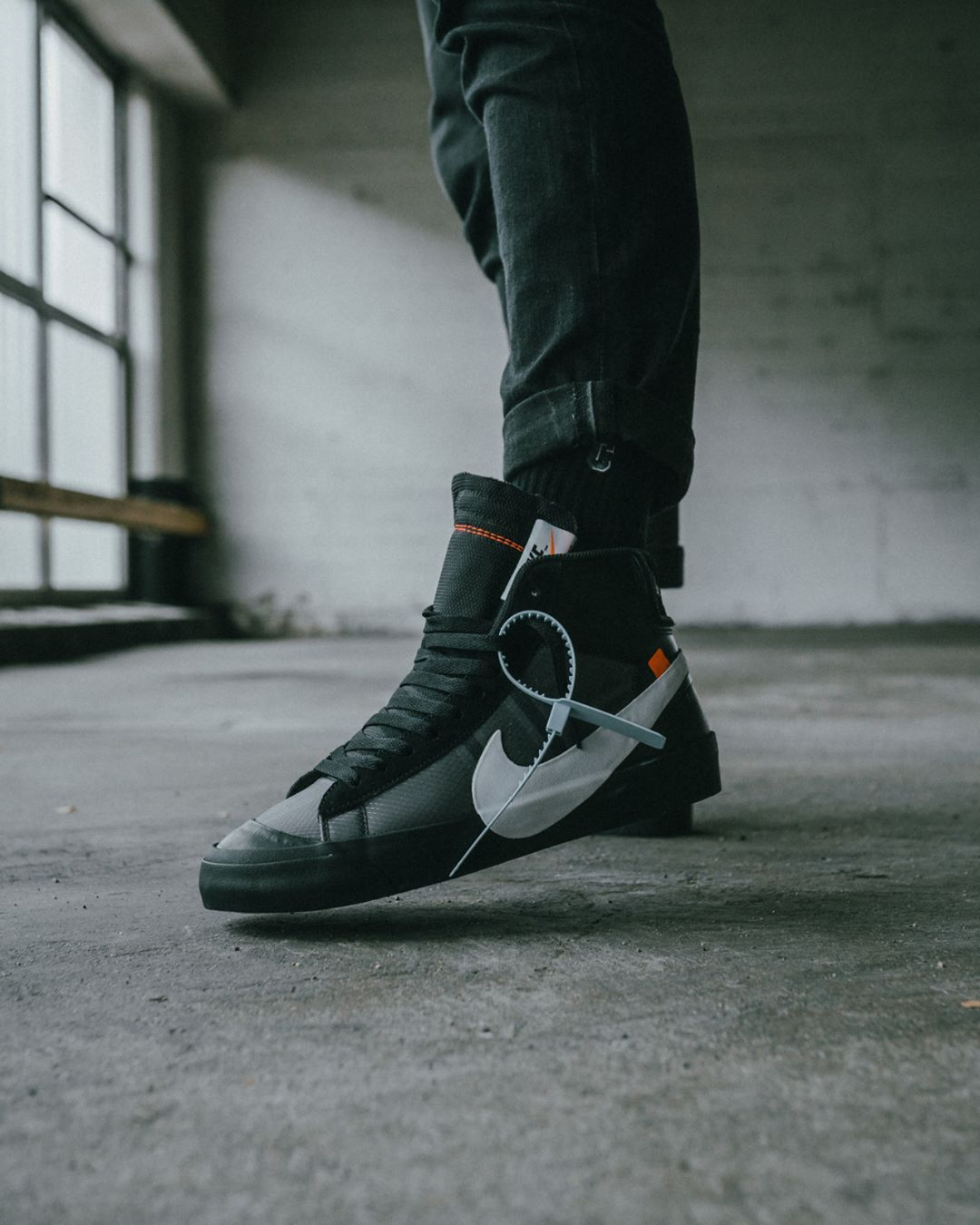bbebbe75e Pin by Hi on shoes in 2019 | Nike blazer black, Off white blazer ...