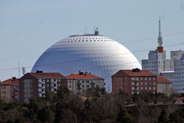 The Globe arena.