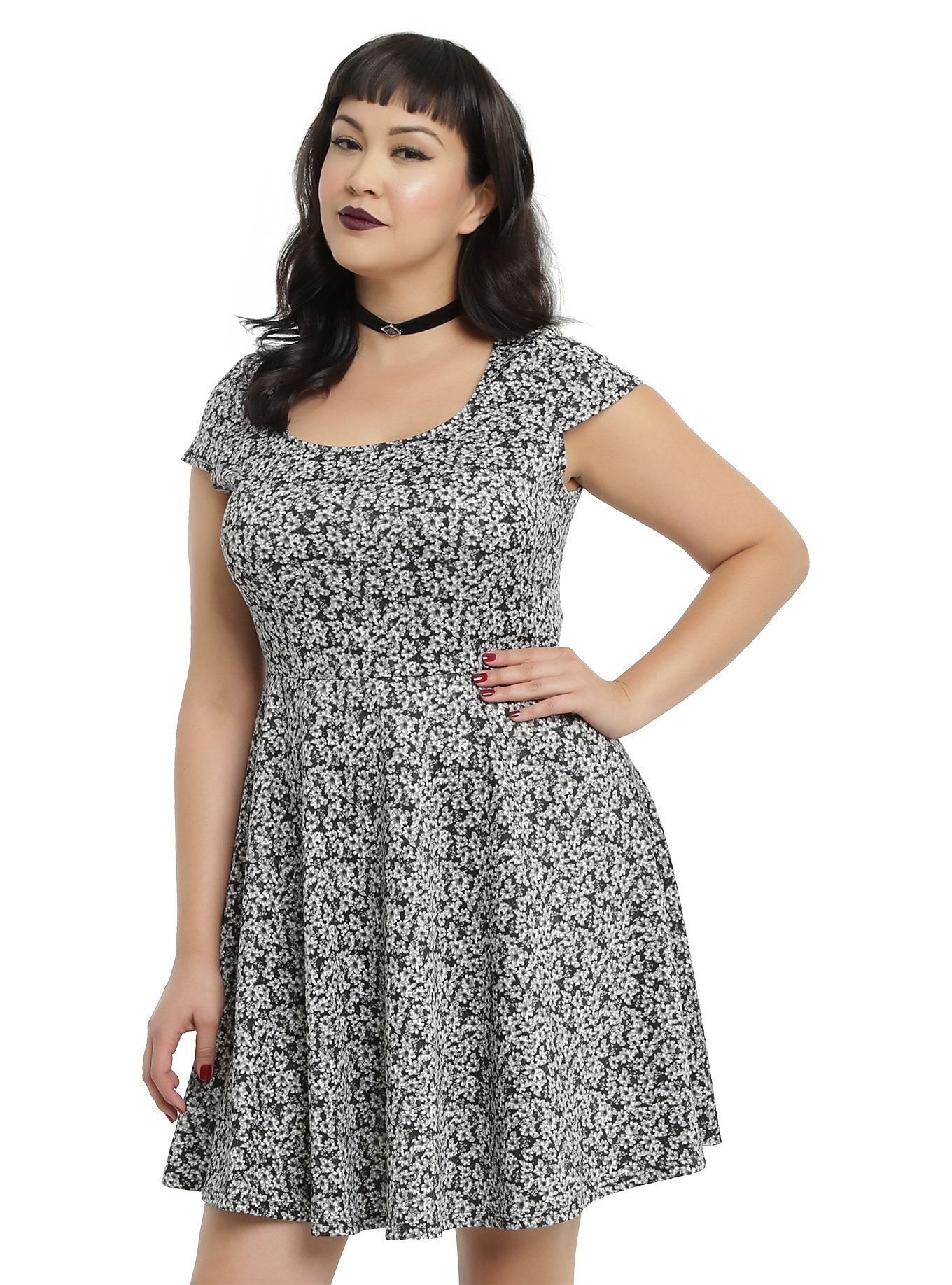 a93472d22c Black   White Floral Print Skater Dress Plus Size
