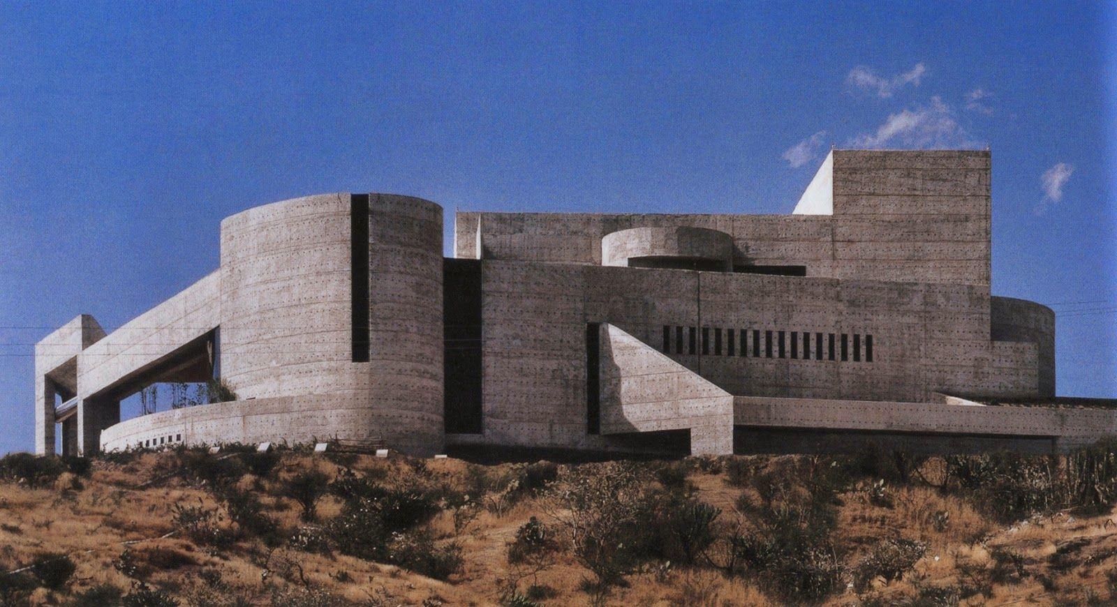 Abraham zabludovsky auditorio del estado guanajuato for Arquitectos de la arquitectura moderna