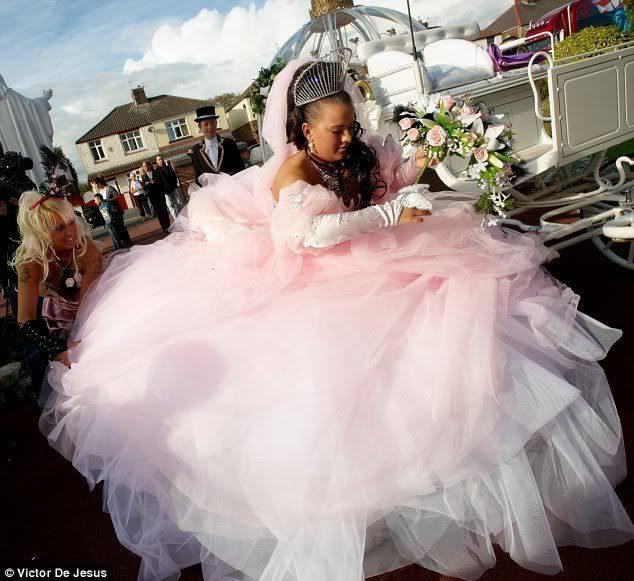 Ugly Wedding Dresses Ever | The most outrageous, inappropriate ...