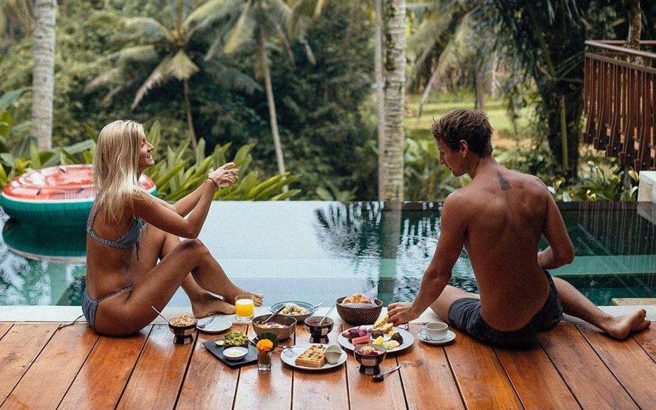 , How Instagram Stars Jack Morris and Lauren Bullen Make Money While Traveling the World, Travel Couple, Travel Couple