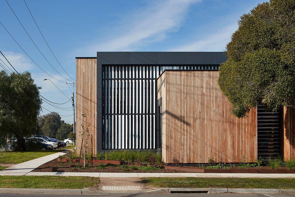 Mckenzie Street Aged Services Centre Designed By K20 Architecture Roof Colorbond Steel Lysaght Klip Lok 700 Hi Strength In Surfm Gutters Cladding Diy Gutters