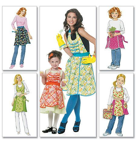 McCall's 6255 Mommy & Me aprons