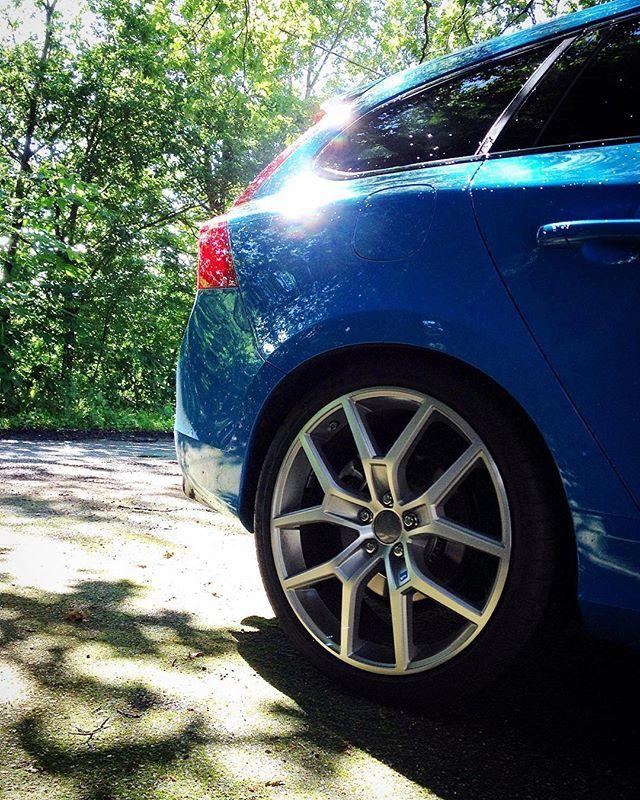 Polestar Reveals New Polestar 2: 20 Inch Polestar Wheels 👌 #volvo #v60 #polestar #wheels