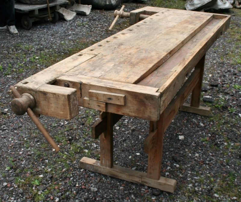 another view of woodwork bench