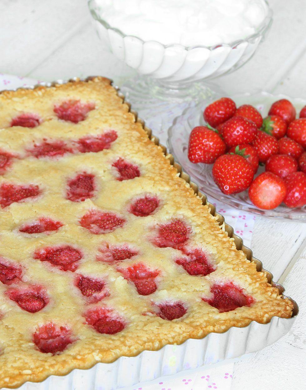 kladdkaka med jordgubbar