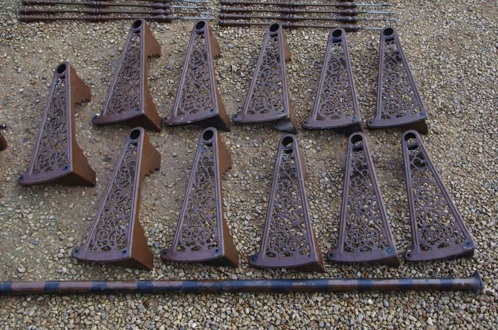 Best Antique Cast Iron 11 Step Spiral Staircase Wrought Iron 400 x 300