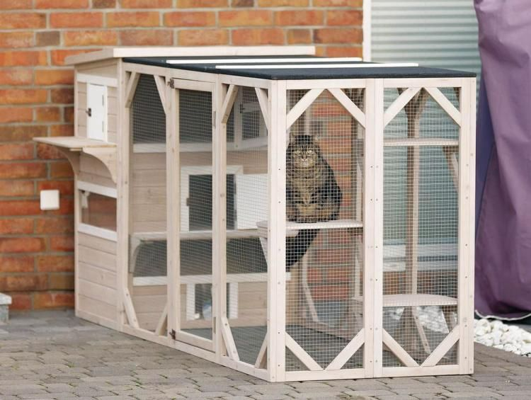 Your Cat Can Now Have Their Own Luxury Apartment Outdoor Cats Cat House Diy Outdoor Cat House