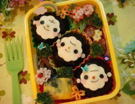 「「デコ」仲良しお猿さんのお弁当」しょぉ | お菓子・パンのレシピや作り方【corecle*コレクル】
