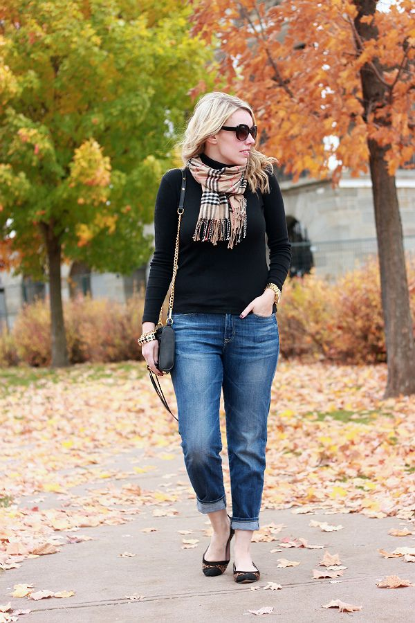 simple fall style - black turtleneck, scarf, and rolled up jeans