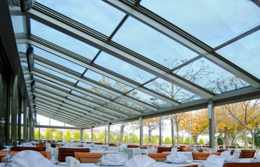 Coperture in vetro amovibili per il tuo ristorante