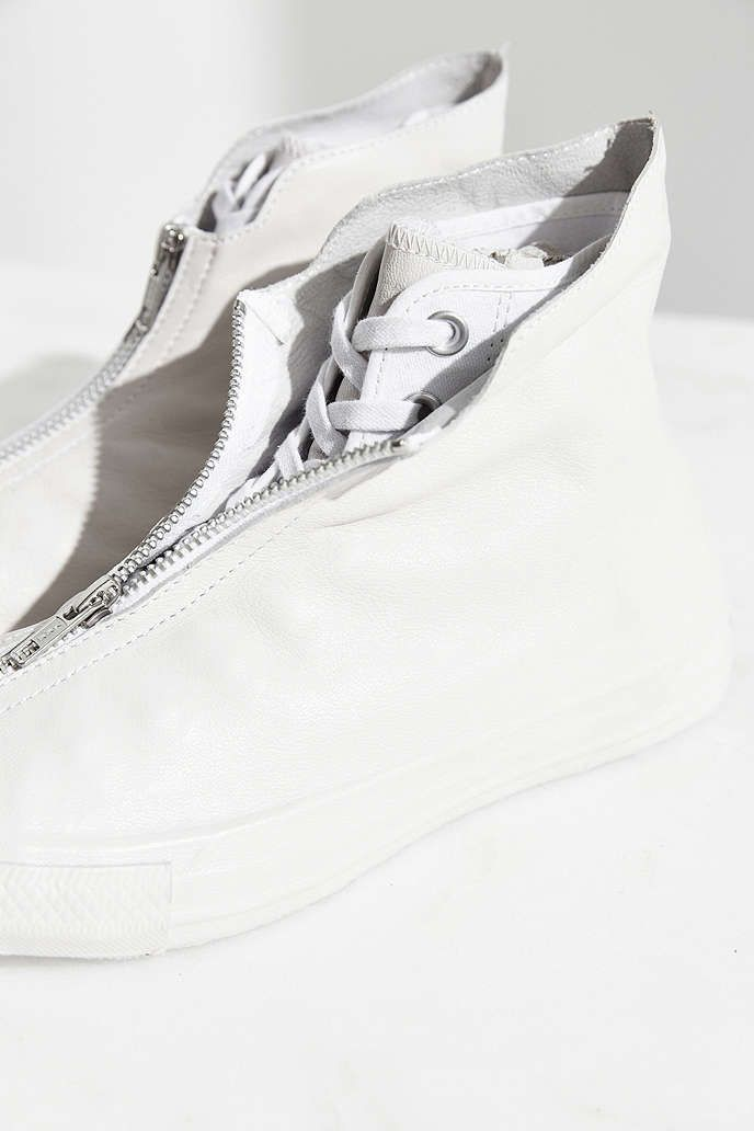 1f26a16f3f0 Converse Chuck Taylor Leather Shroud Sneaker - Urban Outfitters ...
