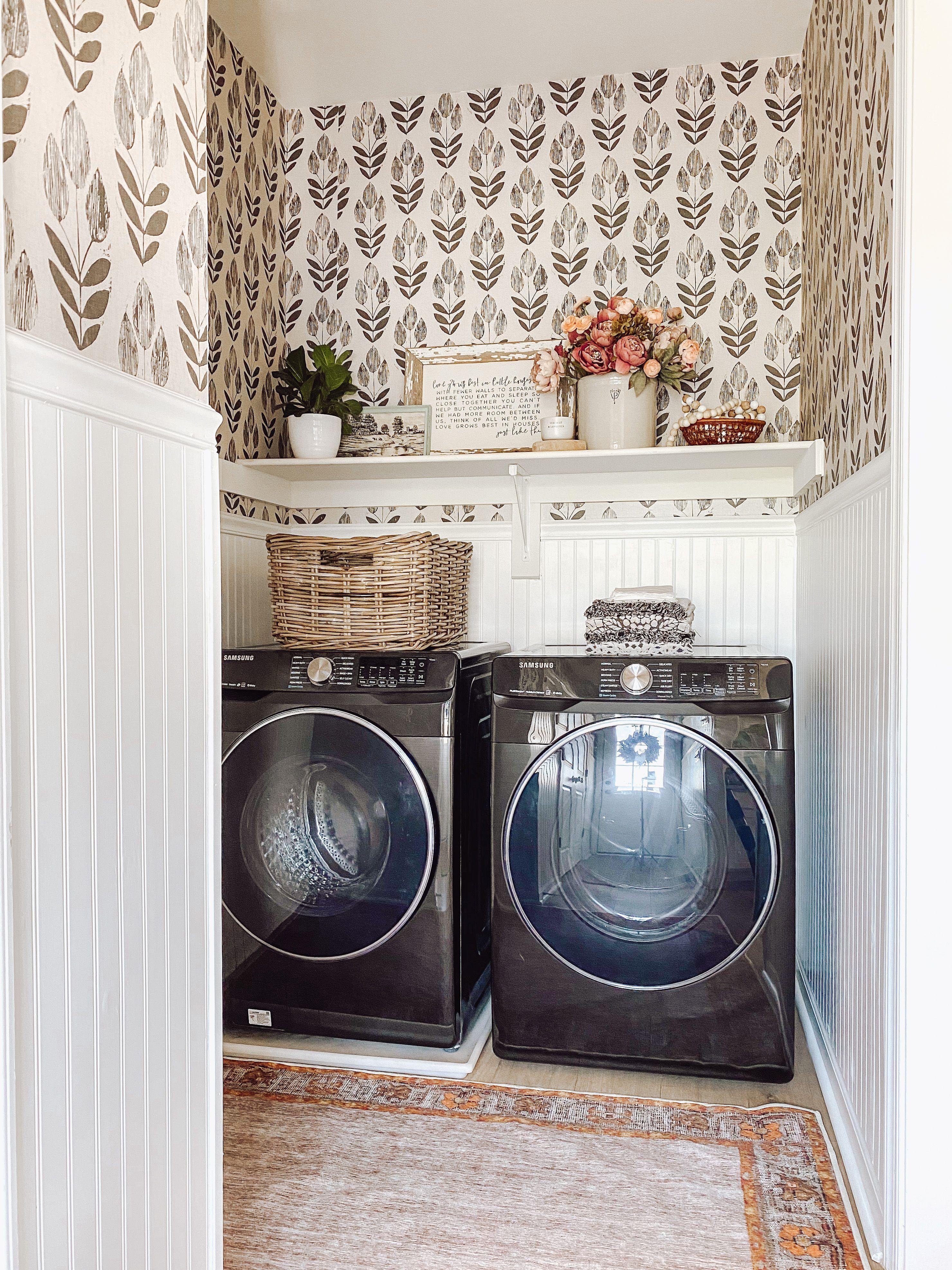One Line Banana Leaf Peel And Stick Wallpaper Modern Etsy Laundry Room Wallpaper Laundry Room Inspiration Home Decor