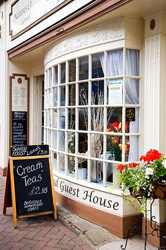 Cafe And Guest House Ross On Wye Herefordshire Tea Shop Tea Room Tea Places