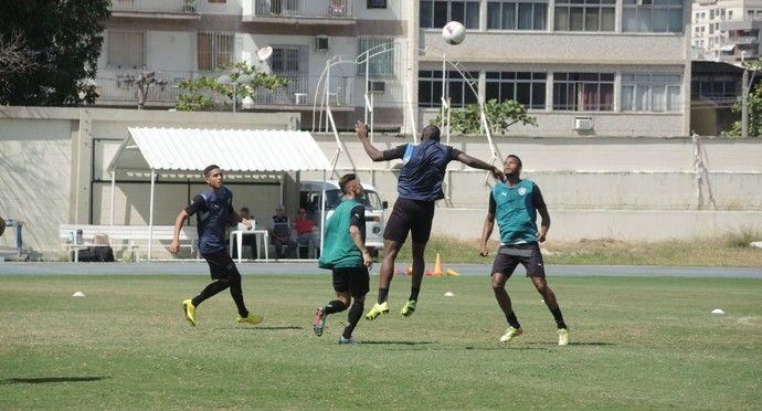 BotafogoDePrimeira: Daniel Carvalho e Thiago Carleto são desfalques na...